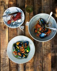 Tapas mussels-with-chorizo