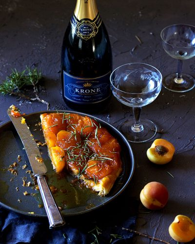 Lizet-Hartley-Food-Photography-apricot-tarte-tatin-web
