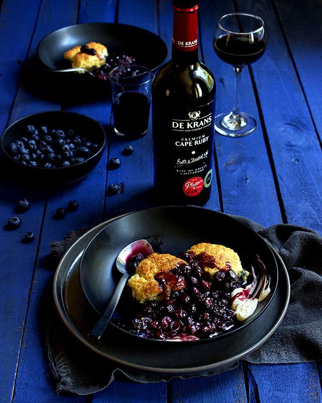web-Lizet-Hartley-Food-Photography-Blueberry-Cobbler